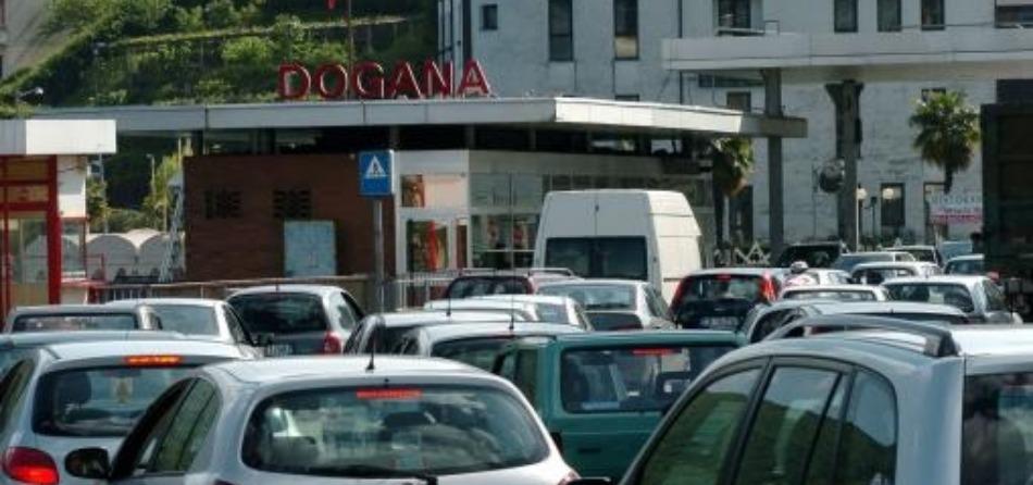 Frontalieri in Dogana